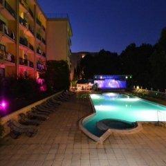 Отель Dana Palace Болгария, Золотые пески - отзывы, цены и фото номеров - забронировать отель Dana Palace онлайн бассейн фото 2