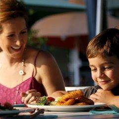 Отель Crowne Plaza Alice Springs Lasseters питание
