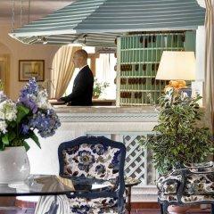 Отель Grand Hotel Smeraldo Beach Италия, Байя-Сардиния - 1 отзыв об отеле, цены и фото номеров - забронировать отель Grand Hotel Smeraldo Beach онлайн интерьер отеля фото 3