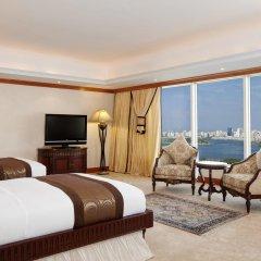 Отель Hilton Sharjah ОАЭ, Шарджа - 10 отзывов об отеле, цены и фото номеров - забронировать отель Hilton Sharjah онлайн комната для гостей фото 3