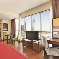 Отель Ramada Downtown Dubai ОАЭ, Дубай - 3 отзыва об отеле, цены и фото номеров - забронировать отель Ramada Downtown Dubai онлайн комната для гостей фото 2