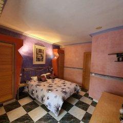 Отель Apartament Morante Испания, Курорт Росес - отзывы, цены и фото номеров - забронировать отель Apartament Morante онлайн спортивное сооружение