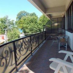 Гостиница Гостевые комнаты Турмалин в Сочи 5 отзывов об отеле, цены и фото номеров - забронировать гостиницу Гостевые комнаты Турмалин онлайн балкон