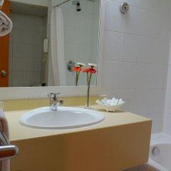 Отель Lou Lou'a Beach Resort ОАЭ, Шарджа - 7 отзывов об отеле, цены и фото номеров - забронировать отель Lou Lou'a Beach Resort онлайн ванная