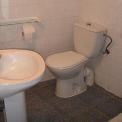 Отель Gay Hostal Puerta Del Sol Мадрид ванная