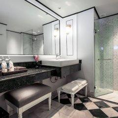 Отель Metropole Hotel Phuket Таиланд, Пхукет - отзывы, цены и фото номеров - забронировать отель Metropole Hotel Phuket онлайн ванная