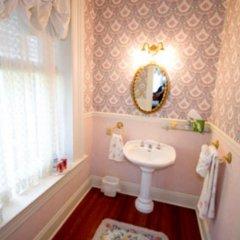 Отель Ahern's Belle of the Bends США, Виксбург - отзывы, цены и фото номеров - забронировать отель Ahern's Belle of the Bends онлайн ванная