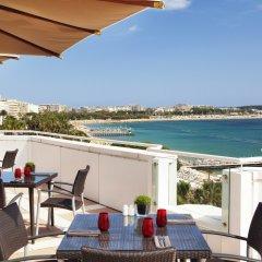 Отель JW Marriott Cannes балкон