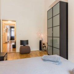 Отель Melnicka Flat Прага комната для гостей