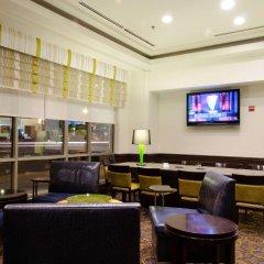Отель Hilton Garden Inn Washington Dc Downtown США, Вашингтон - отзывы, цены и фото номеров - забронировать отель Hilton Garden Inn Washington Dc Downtown онлайн гостиничный бар
