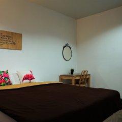 Отель T Hostel @ Rama 4 Таиланд, Бангкок - отзывы, цены и фото номеров - забронировать отель T Hostel @ Rama 4 онлайн комната для гостей