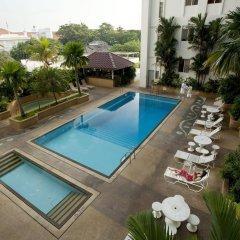 Отель Bayview Hotel Georgetown Penang Малайзия, Пенанг - отзывы, цены и фото номеров - забронировать отель Bayview Hotel Georgetown Penang онлайн бассейн