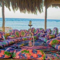 Отель Wishwashi Camp & Resort пляж
