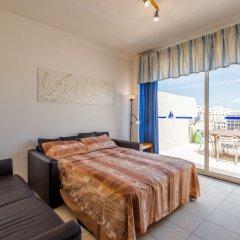 Отель Morina Penthouse Мальта, Сан Джулианс - отзывы, цены и фото номеров - забронировать отель Morina Penthouse онлайн комната для гостей фото 2