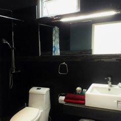 Отель Chaweng Modern Таиланд, Самуи - отзывы, цены и фото номеров - забронировать отель Chaweng Modern онлайн ванная