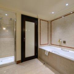 Отель Radisson Blu Edwardian Hampshire Великобритания, Лондон - 2 отзыва об отеле, цены и фото номеров - забронировать отель Radisson Blu Edwardian Hampshire онлайн ванная фото 2