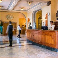 Отель Hôtel Vacances Bleues Le Royal Франция, Ницца - 4 отзыва об отеле, цены и фото номеров - забронировать отель Hôtel Vacances Bleues Le Royal онлайн интерьер отеля фото 3
