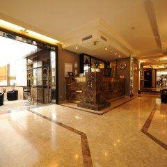 Отель Privilège Hôtel Mermoz Франция, Тулуза - отзывы, цены и фото номеров - забронировать отель Privilège Hôtel Mermoz онлайн интерьер отеля фото 3