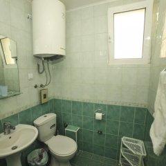 Отель Mijovic Apartments Черногория, Будва - 1 отзыв об отеле, цены и фото номеров - забронировать отель Mijovic Apartments онлайн ванная