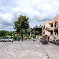 Patong 7Days Premium Hotel Phuket парковка