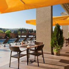 Ibis Gaziantep Турция, Газиантеп - отзывы, цены и фото номеров - забронировать отель Ibis Gaziantep онлайн бассейн фото 2