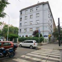 Апартаменты Apartment Four Year Seasons Прага парковка