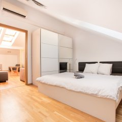 Апартаменты Premier Apartment Vysehrad Прага комната для гостей фото 3