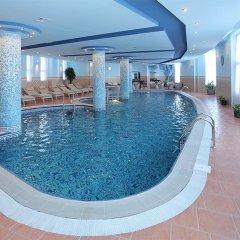 Отель Мульти Рест Хаус бассейн