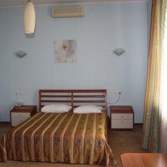 Гостиница Ost-West Park в Самаре отзывы, цены и фото номеров - забронировать гостиницу Ost-West Park онлайн Самара комната для гостей фото 2