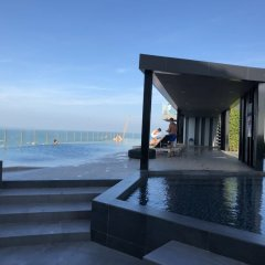 Отель The Base Central Pattaya by Arawat Таиланд, Паттайя - отзывы, цены и фото номеров - забронировать отель The Base Central Pattaya by Arawat онлайн бассейн