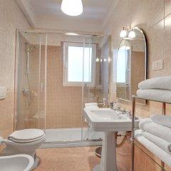Отель San Vidal - WR Apartments Италия, Венеция - отзывы, цены и фото номеров - забронировать отель San Vidal - WR Apartments онлайн ванная фото 2
