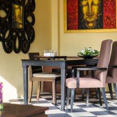 Отель Villa Tanamera гостиничный бар