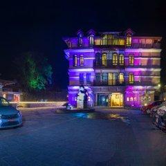 Отель Tangalwood Boutique Hotel Непал, Катманду - отзывы, цены и фото номеров - забронировать отель Tangalwood Boutique Hotel онлайн парковка