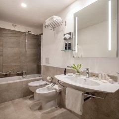 Отель Ludovisi Palace Hotel Италия, Рим - 8 отзывов об отеле, цены и фото номеров - забронировать отель Ludovisi Palace Hotel онлайн ванная