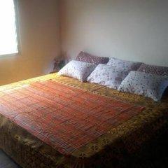 Отель Twitter Paradise Guest House Гана, Такоради - отзывы, цены и фото номеров - забронировать отель Twitter Paradise Guest House онлайн комната для гостей фото 2