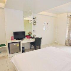 Отель Zen Rooms Panurangsri Бангкок удобства в номере