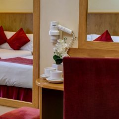 Отель Best Western London Highbury сейф в номере