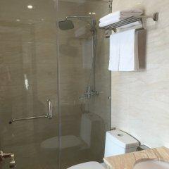 Maple Leaf Hotel & Apartment Нячанг ванная