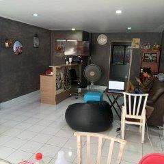 Отель Shady's Hostel Таиланд, Паттайя - отзывы, цены и фото номеров - забронировать отель Shady's Hostel онлайн гостиничный бар