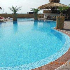 Отель Laguna Beach Hotel Болгария, Равда - отзывы, цены и фото номеров - забронировать отель Laguna Beach Hotel онлайн бассейн фото 3