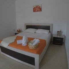 Privé Hotel and Apartment Ксамил сейф в номере