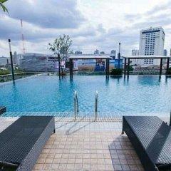 Отель Tc Green By Jummie Бангкок бассейн фото 2