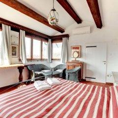 Отель Canale - WR Apartments Италия, Венеция - отзывы, цены и фото номеров - забронировать отель Canale - WR Apartments онлайн комната для гостей фото 2