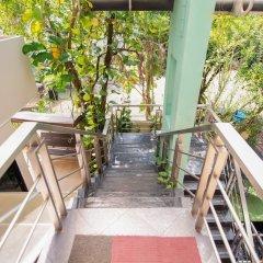 Отель OYO 345 The Click Guesthouse at Chalong Таиланд, Бухта Чалонг - отзывы, цены и фото номеров - забронировать отель OYO 345 The Click Guesthouse at Chalong онлайн балкон