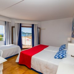 Отель Hostal Cala Ratjada комната для гостей фото 5
