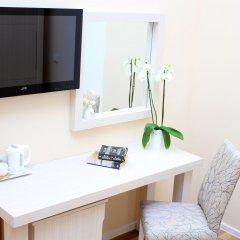 Отель Bristol Hotel Азербайджан, Баку - 9 отзывов об отеле, цены и фото номеров - забронировать отель Bristol Hotel онлайн удобства в номере фото 2