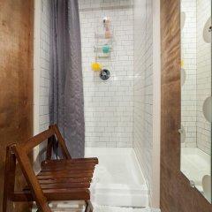 Отель Chelsea Cabins США, Нью-Йорк - отзывы, цены и фото номеров - забронировать отель Chelsea Cabins онлайн ванная фото 2