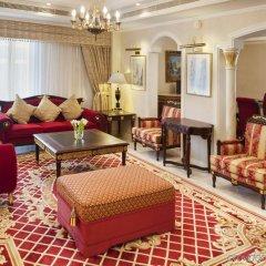 Отель Crowne Plaza Abu Dhabi интерьер отеля