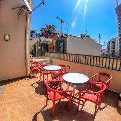Salsa & Samba Hostel Сан Джулианс балкон
