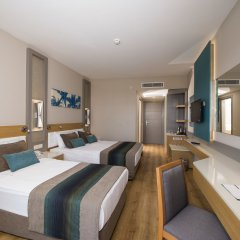 Отель Palm World Resort & Spa Side - All Inclusive Сиде комната для гостей